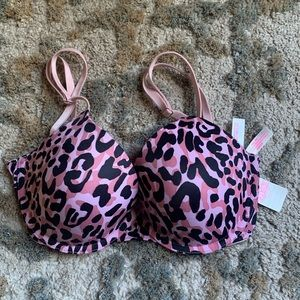 Pink Victoria's Secret Wear Everywhere T-shirt Lightly Lined Pushup Bra
